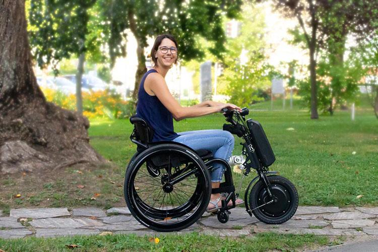 Klaxon - přídavné elektrické pohony k vozíkům pro invalidy